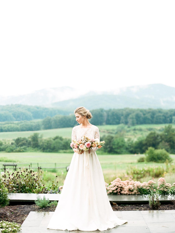 Bride-Pippin-Hill-Charlottesville-Virginia